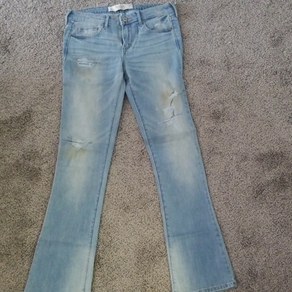 Abercrombie & Fitch Denim - Abercrombie Light Denim Flare Jean